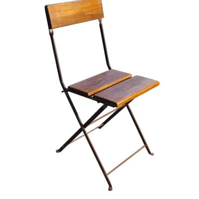 Silla Bistro estructura de hierro con asiento y respaldo madera envejecida