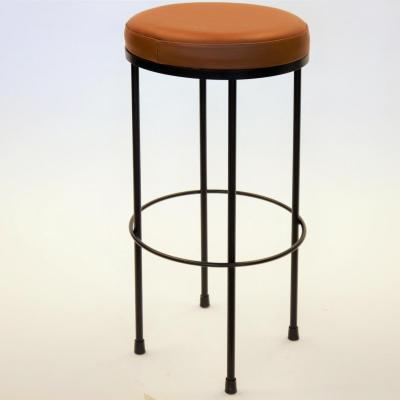 Taburete Platon H-78 estructura en negro asiento tapizado piel camel