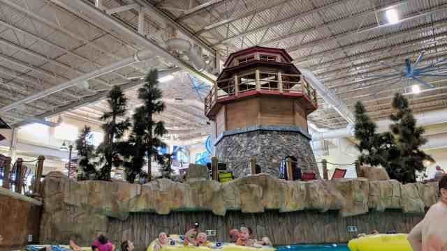 Photolemur 3 Review - After Edit - LIghthouse inside Great Wolf Lodge