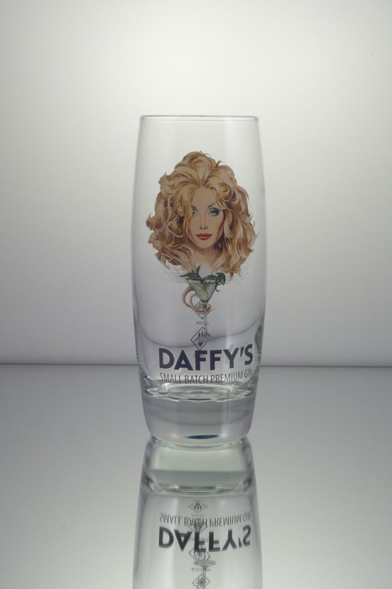 Daffy's highball glass