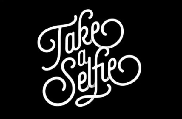Selfie Font Family Free