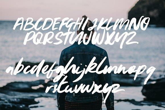 youngblood-brush-font-1