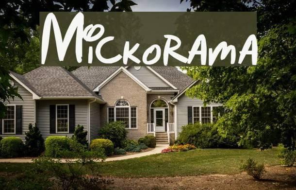 Mickorama font
