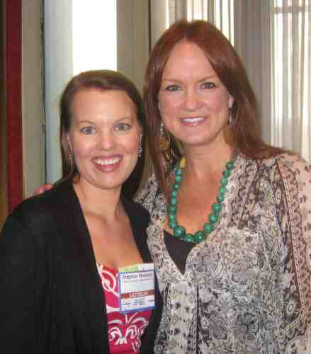 Dagmar Bleasdale and Ree Drummond, the Pioneer Woman, at BlogHer '10