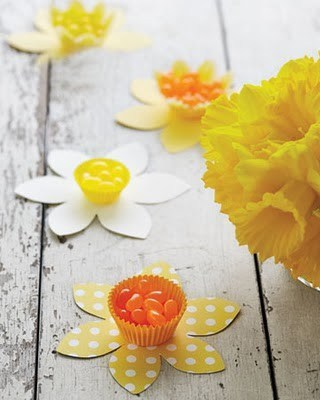 DIY Daffodil Candy Cups