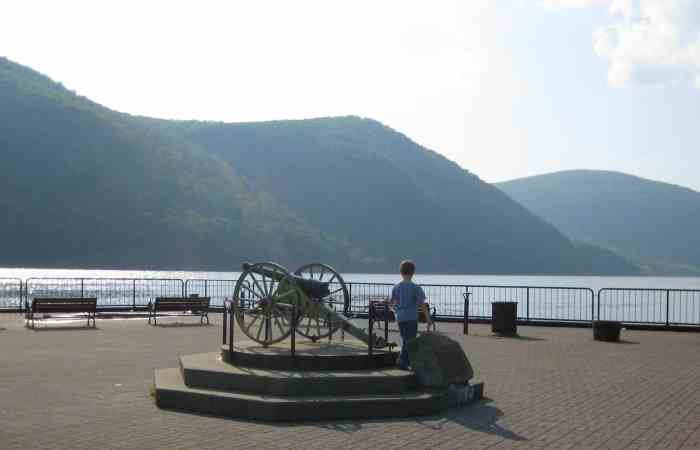 Discovering the Hudson Valley and Manhattan With My Mom