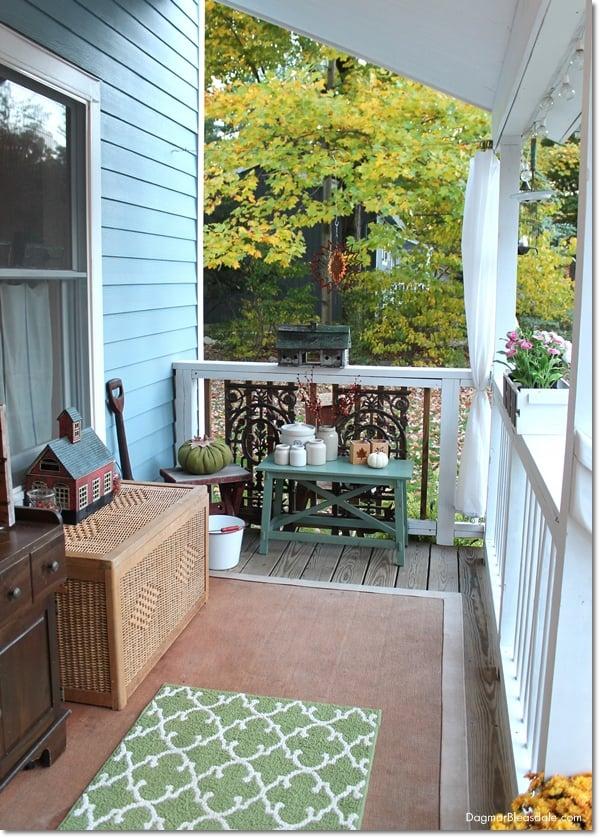 Blue Cottage Fall Home Tour 2015, DagmarBleasdale.com