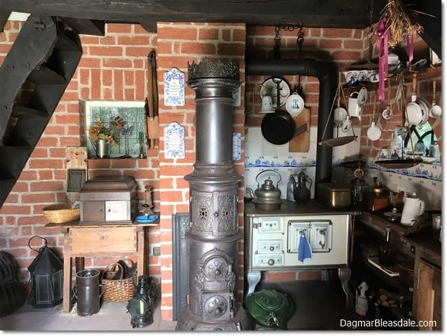 vintage tiny house kitchen, DagmarBleasdale.com