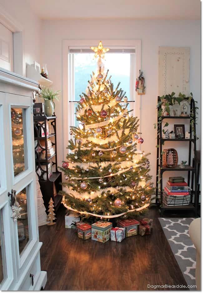 Vintage Christmas Home Decor