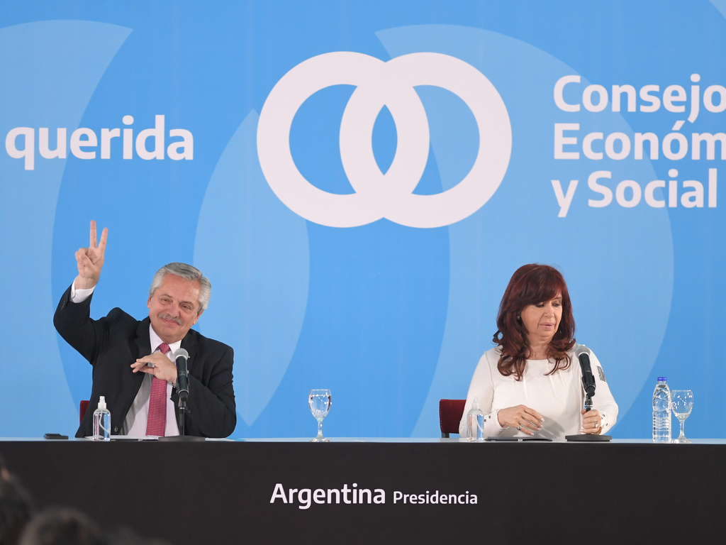 Populist Ads to Win Argentina's Elections