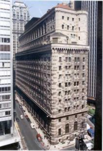 LA FEDERAL RESERVE BANK DI NEW YORK
