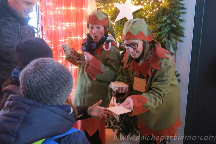 Visita la magica ricostruzione della casa di babbo natale e dei suoi amici elfi! La Casa Bergamasca Di Babbo Natale A Gromo Dai Che Partiamo Travel Blog