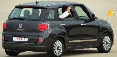 Pope Visit U.S and received by President Obama and His Vice