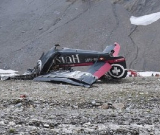 20 Dead As Wwii Vintage Plane Crashes Into Swiss Mountainside