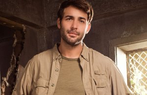 Actor James Wolk