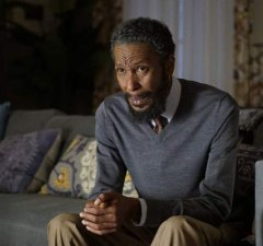 Actor Ron Cephas Jones