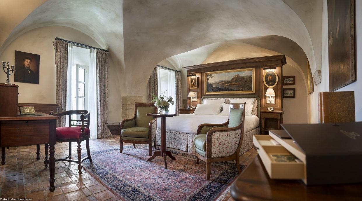 Renaissance De La Bastide De Gordes Dailybedroom