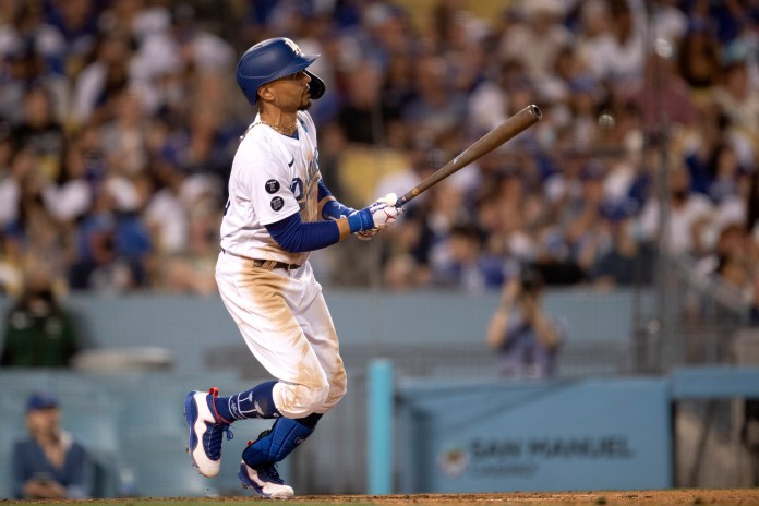 Mookie Bates' home run gives Dodgers right to win over Padres