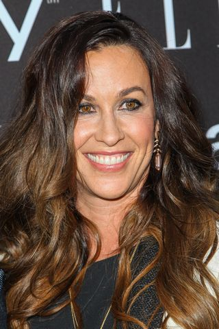 Alanis Morissette S Business Manager Admits To Stealing 6