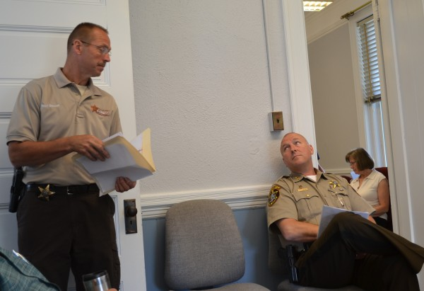 Jail county officials to work around 100000 operating