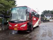 Gambar bus Agramas Jetbus HD di terminal Jatisrono