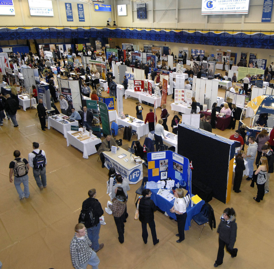 How to make the most of the Cal Career Fair | The Daily