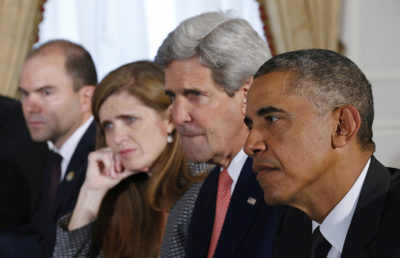 U.S. President Barack Obama holds a bilateral meeting with Ethiopia's Prime Minister Hailemariam Desalegn (not pictured) in New York September 25, 2014. With Obama from left are Deputy National Security Adviser Ben Rhodes, U.S. Ambassador to the U.N. Samantha Power and Secretary of State John Kerry. REUTERS/Kevin Lamarque (UNITED STATES - Tags: POLITICS) - RTR47OI6