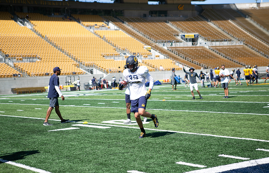 Fall camp day 14: Head coach Justin Wilcox talks offensive growth, physicality reaches new peak