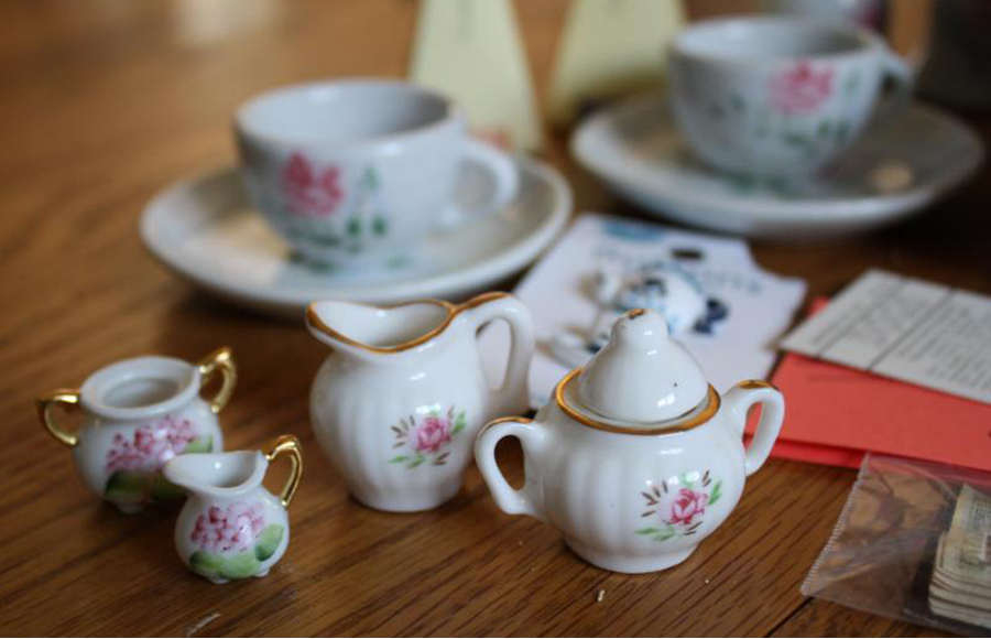 The Clog's guide to enjoying tea the right way