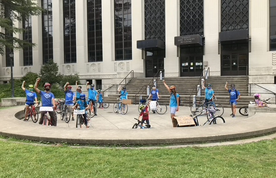 Photo of UC-AFT Statewide Bike/Car Caravan Action to Welcome President Drake