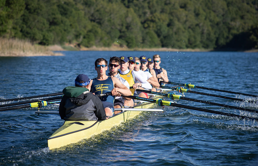 Photo of men's rowing