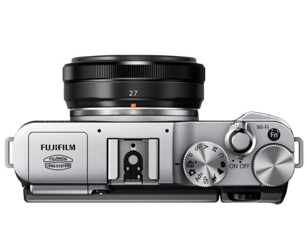 Fujifilm-X-M1-mirrorless-camera-03