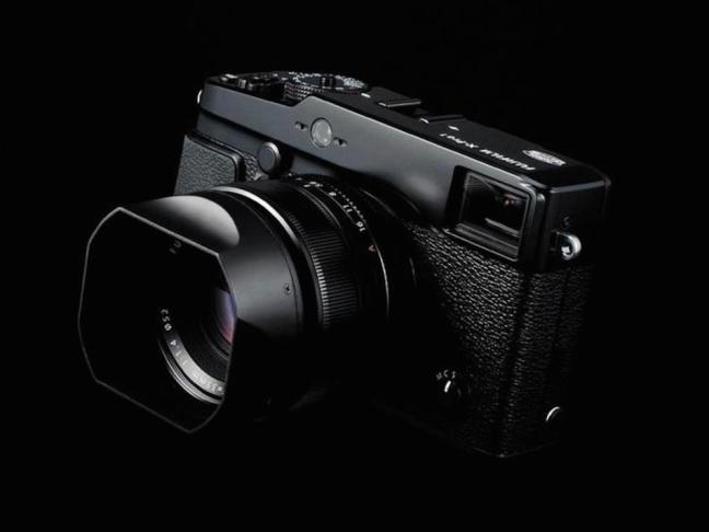 fujifilm-x-pro2-and-x200-cameras-photokina