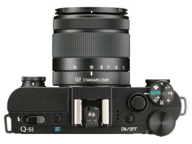 pentax-q-s1-camera-01