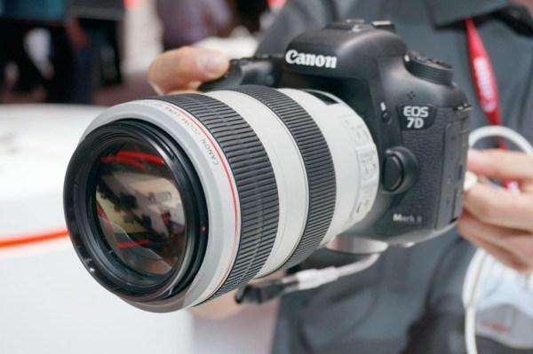 Canon EOS 7D Mark II Now in Stock and Shipping