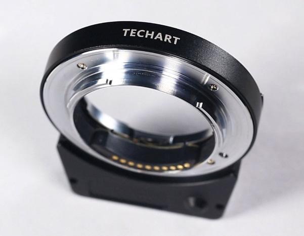 Techart-Pro-Leica-M-to-Sony-E-autofocus-lens-adapter