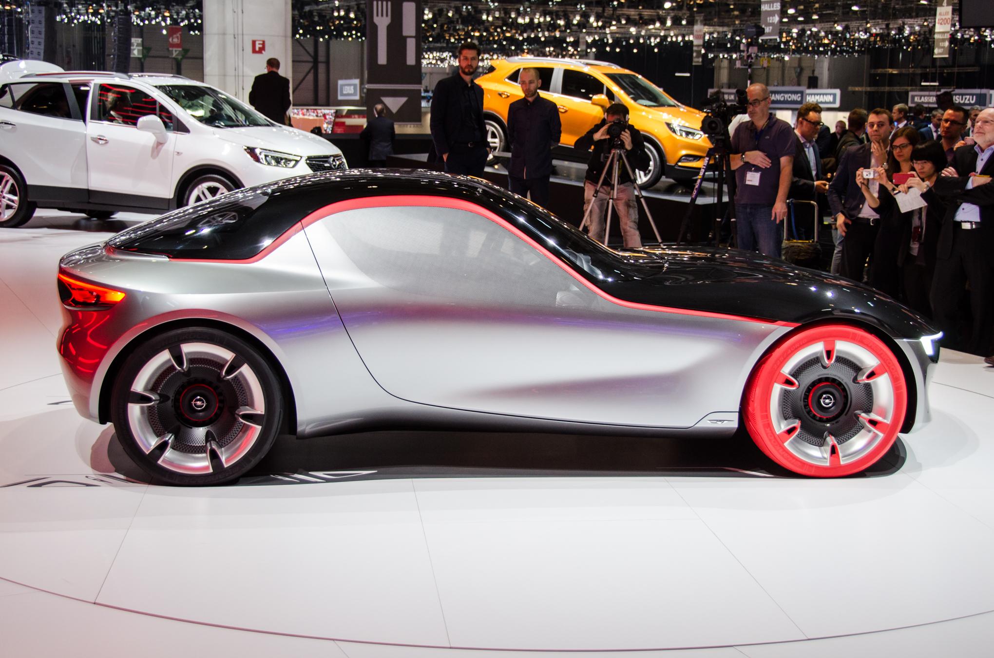 Opel Gt Concept For Geneva Is An Ultra Lightweight Sports