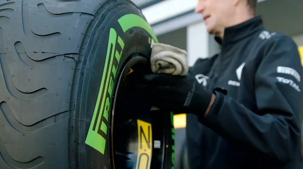Tyre-Warning-Safety-Advice-Air-Dailycarblog