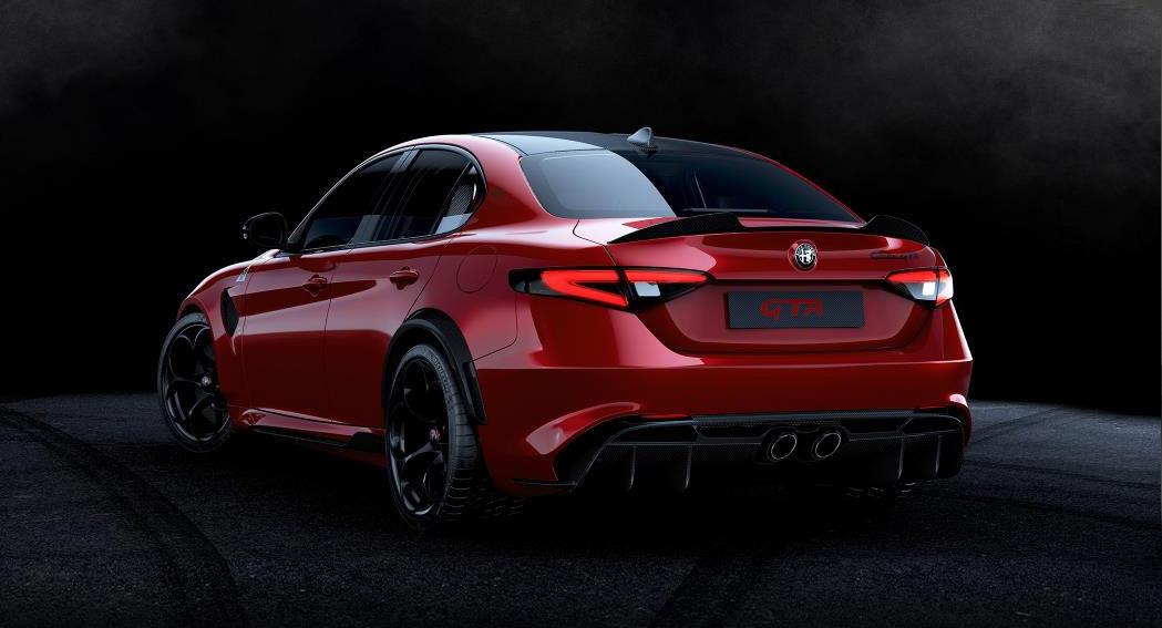 Alfa Romeo Giulia - GTA - Dailycarblog.com