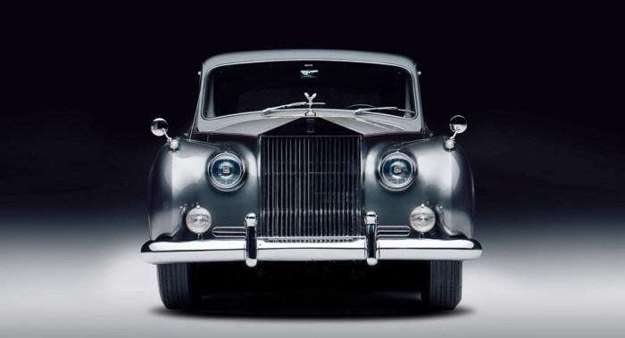 Lunaz Rolls Royce Phantom V fornt dailycarblog