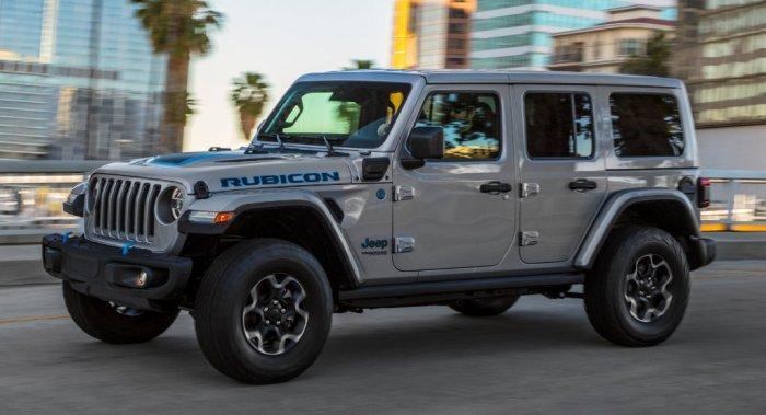 Jeep Wrangler 4XE dailycarblog
