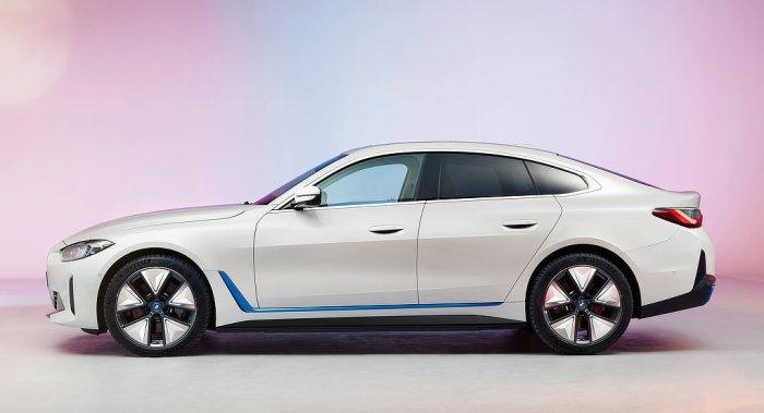 BMW i4 - SE - dailycarblog