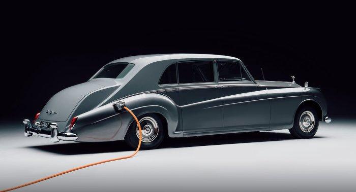 Sir David Beckham - Lunaz Electric Rolls Royce - dailycarblog