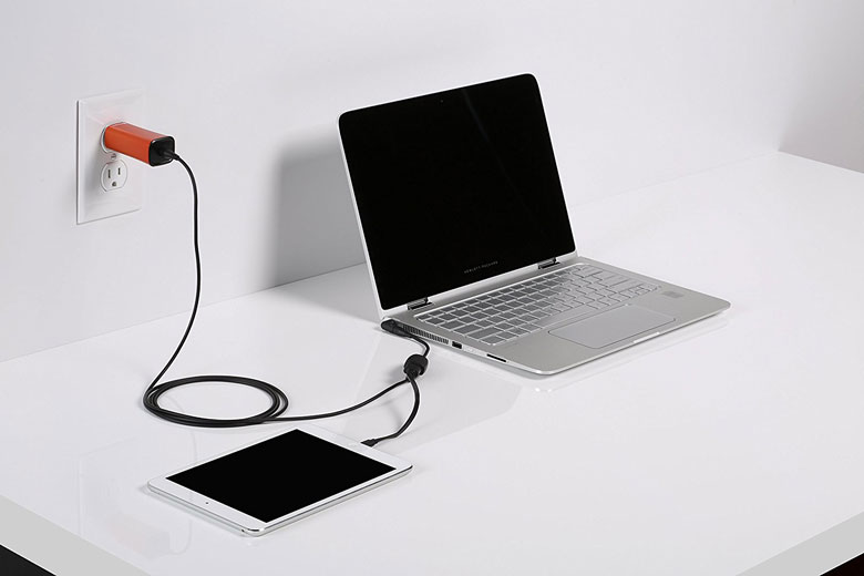 FINsix Dart 65W Charger Smallest Universal AC Adapter