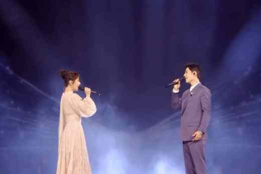 Xiao Zhan and Yangzi performed Oath of Love
