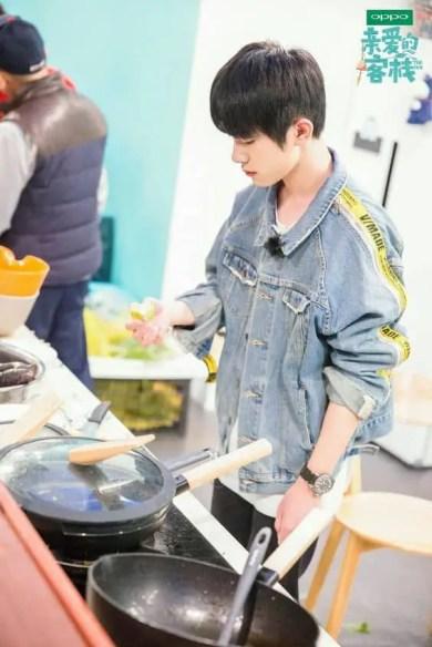 yi-cook-200x300 Top 10 Reasons Why We Love Jackson Yee