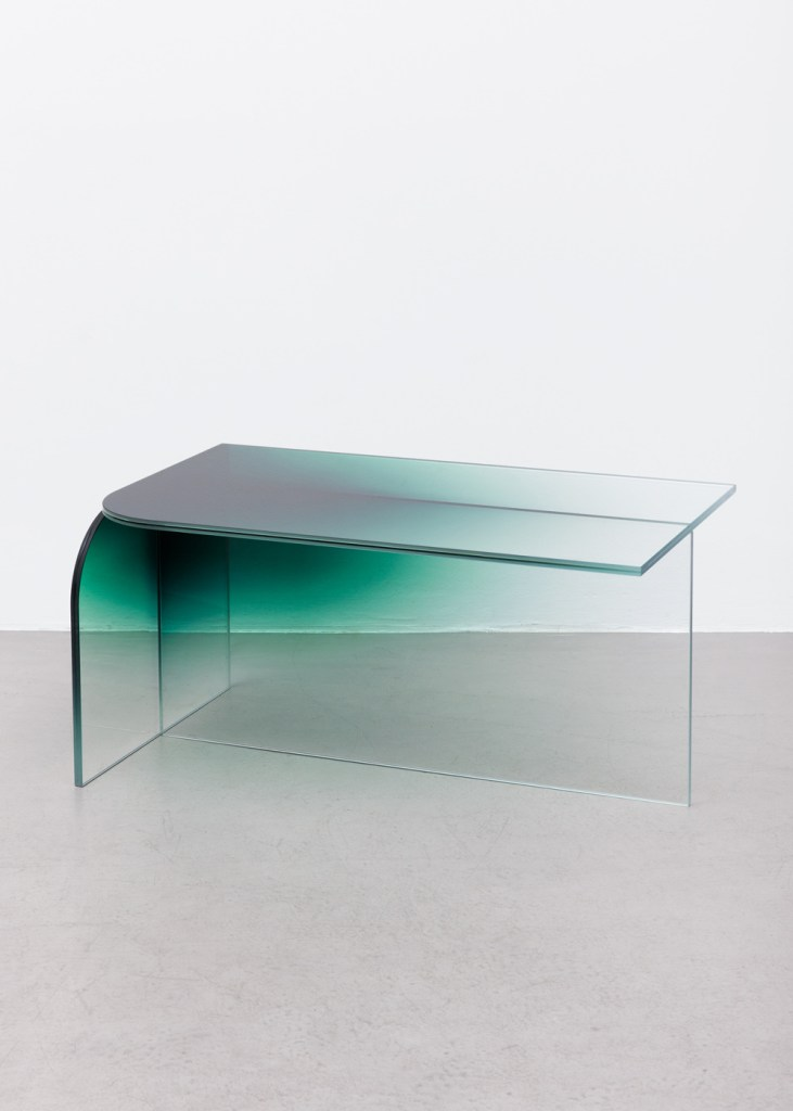 shaping_colour_2016_low_table