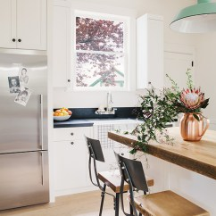 Small Space Kitchen Table And Chairs Mens Shoes 6 Boho Kitchens Perfect For A Dreamy Brunch - Daily Dream ...