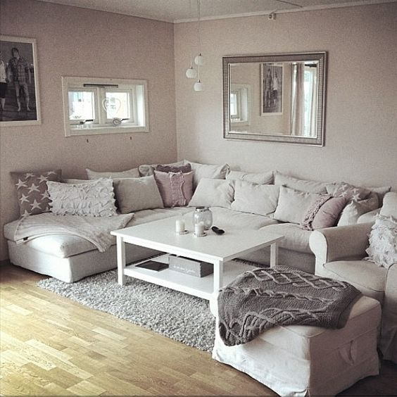 how to make living room decorate a with tv above fireplace ways your cold cozy in winter daily dream decor sofa