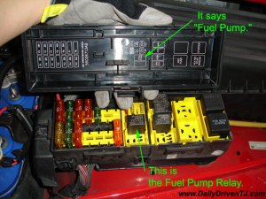 HelpWhich one is my fuel pump relay  dont have my FSM